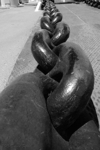 DSCN0744BW-The-Anchor-Chain-At-The-Battleship-Missouri